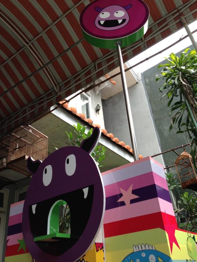booth Monsterjelly teranyar... bisa melet lho :P